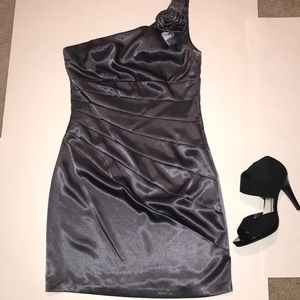 BCX satin dress, color Gunmetal, one shoulder